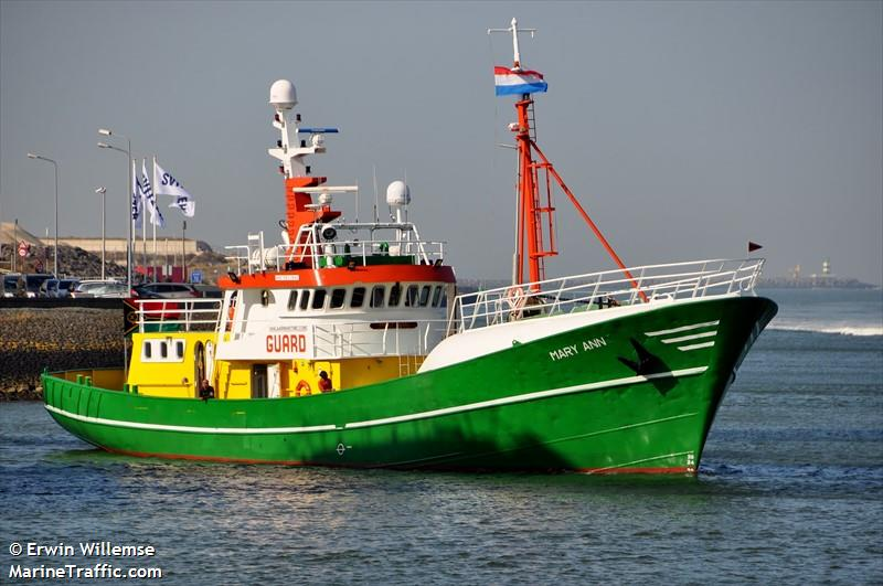27 Meter Length Guard Support Vessel